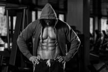 GACKTさんの素晴らしい肉体を維持している方法。